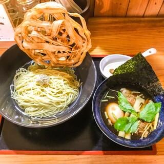 めし屋 賛辞 - 料理写真:淡麗出汁昆布水つけ麺