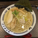 火鳥 - 料理写真:塩 鶏中華そば 750円税込