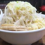ラーメン豚力 - 料理写真:大ラーメン+野菜マシニンニクアブラ