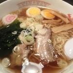 らーめん ぱせり - 料理写真:ラーメン
