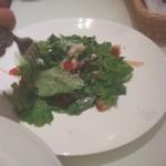 ペシェトリア マイモン - サラダは、シンプルで美味しい