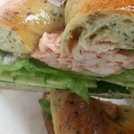 152891015 - ベーグルサンドイッチ(梅しそチキン)