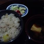 柳庵 - 3000コース、まいたけとサツマイモの炊き込みご飯