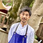 152911452 - 高田シェフは、大阪の花外楼、堺筋倶楽部、ブルディガラなどで修業され、2010年にラ・テラス料理長に。穏やかな笑顔と物腰柔らかな対応が魅力的な方。