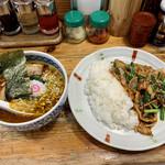 152919499 - 日替りセット スタミナ焼肉丼+ピリ辛マーラーメン