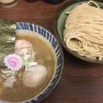 三三七 - 料理写真:つけめん 特製煮番搾り 中盛