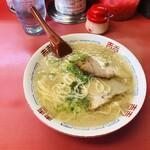 長浜一番 - 料理写真:ラーメン 680円