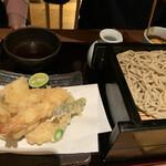 蕎肆 穂乃香 -