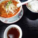 中国家庭料理 上海や - 担々麺セット 950円 唐揚げは後出し