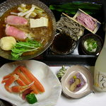 ホテルききょう - 料理写真:海鮮丼コース 白山茸鍋、二色そば、ずわいガニ、豆腐