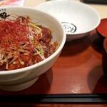 キ久好 - 料理写真:豚丼(辛味ダレ)普通盛り