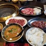 焼肉菜包・朴然 -