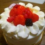 152960409 - ショートケーキ