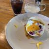 カフェアンドレスト ハートン・ツリー - 料理写真:清見オレンジとアイスコーヒーに、2人分のミルク添え