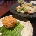 オールドハウス ラオファン - すり身揚げは揚げたてサクサクで美味しい。