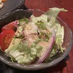 オールドハウス ラオファン - ランチメニューのサラダ。