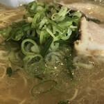 長浜ラーメン一龍亭 - スープ