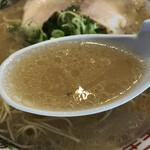 長浜ラーメン一龍亭 - スープが薄かったのよ