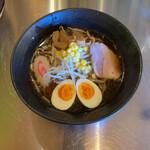 メンクラブ タマムラベース - 料理写真:特醤油