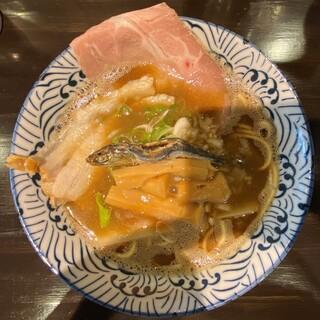 麺屋 煮干しの煌 - 料理写真:極濃煮干しそば 950円