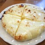 153011614 - チーズクルチャ