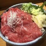 板前寿司  - 生本まぐろ中落ち丼(ご飯大盛り)