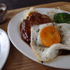 Yaworiki - 料理写真:ハンバーグの上には目玉焼き!