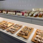 153017077 - 焼き菓子はパティスリーの真髄☆*。焼き菓子が美味しいお店は生菓子も美味です!