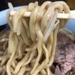 ラーメン二郎 - 麺リフトアップ