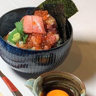 銀座ランチ限定【寿司番屋の海鮮丼】