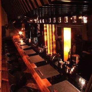 臨場感溢れる厨房が舞台の麺劇場