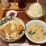 とんかつ専門店 恵庭屋 - 料理写真:カツ丼 小