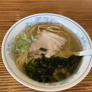 つべつ西洋軒 - 料理写真:「塩ラーメン」730円