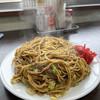 いずみ食堂 - 料理写真:やきそば(大)肉入り