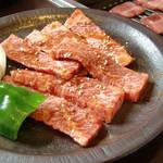 焼肉しおつ - 料理写真:上カルビ