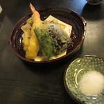 杣乃家 - 天ざる並盛の天ぷら\1,575