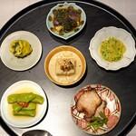 MASA'S KITCHEN47 - 前菜6種盛り合せ  茄子の葱ソースがけ、クラゲとチシャトウの和え物、自家製の叉焼、枝豆の上海風紹興酒漬け、広東シュウマイ、ピータン豆腐