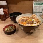 153076265 - 特上親子丼・スープ・お新香