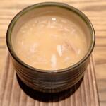 """153081812 - 最初に""""蟹あん茶碗蒸し""""が運ばれてきました。運ばれてきた瞬間、蟹の風味がふわーっと漂ってきました。"""