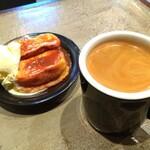 ワイズマンコーヒー - 料理写真:■アメリカーノ ■フレンチトースト