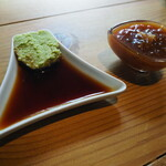 55steak - わさび醤油とガーリックソース