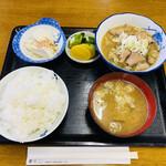 なかの食堂 - 「もつ煮込み定食」750円税込み