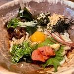 美糸 - 彩り十種の薬味で食べるぶっかけうどん