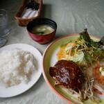 らんぷレストラン - 料理写真:ハンバーグ&ホタテフライライス大盛