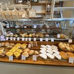 NOEL - 料理写真:おずパン、甘い系も豊富