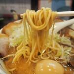 らーめん颯人 - みそらーめん(麺)