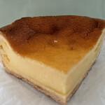 ピネード - ベイクドチーズケーキ