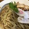 つけ麺 弐☆゛屋 - 料理写真:ガッツリ魚介豚骨つけ麺(880円)