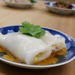 海老と豚肉の米粉クレープ巻き蒸し(腸粉)