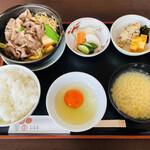 松木家 - すき焼き定食(2,200円)
